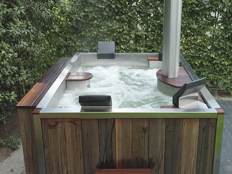 design jacuzzi joy studio design gallery photo. Black Bedroom Furniture Sets. Home Design Ideas